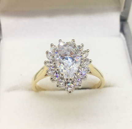 9ct Yellow Gold Ring with CZ