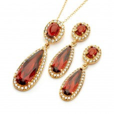 Garnet Teardrop Set, with oval Accent
