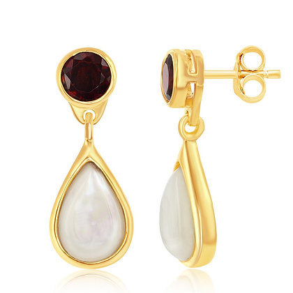 Pearl and Garnet Earring
