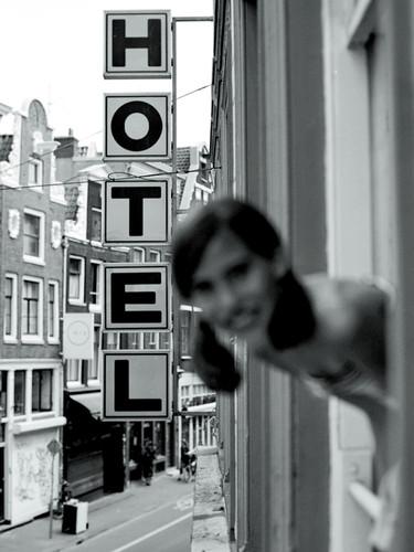 rags hotel raam.jpg