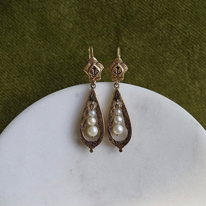 Taille d'Eparnge Earrings