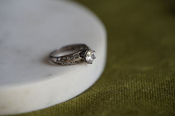 Vintage Solitaire Ring