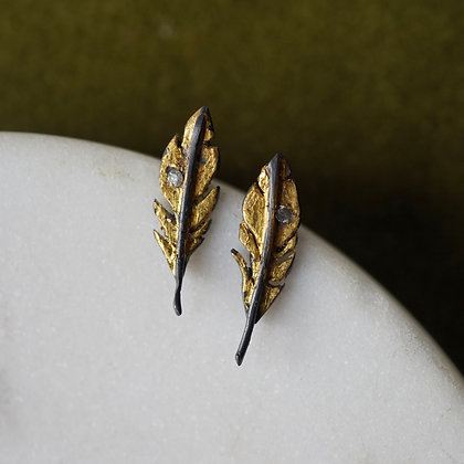 Acanthus Feather Studs