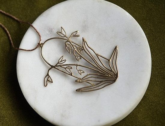 Alchemilla Iris Necklace