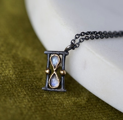 Sands of Time Pendant