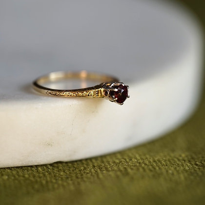 Vintage Red Stone Solitaire