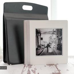 Elegant wedding album & leather bag case