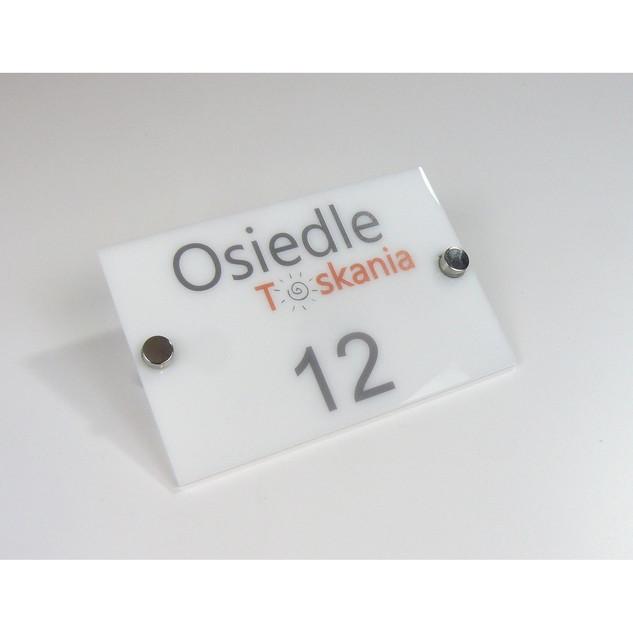 tabliczka-firmowa-15x10-cm-z-plexi-mlecz