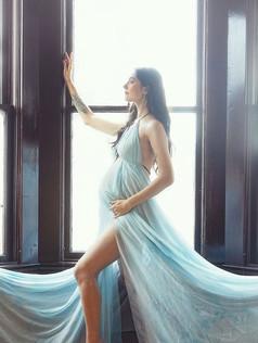 Tiffany maternity TB.JPG