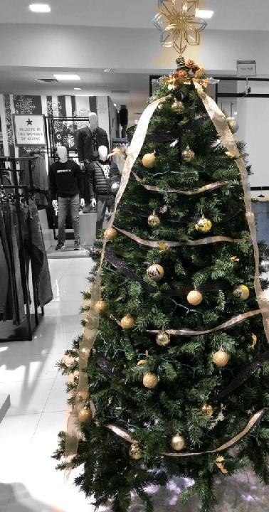 Alpha Phi Alpha Fraternity, Inc. Christmas Tree