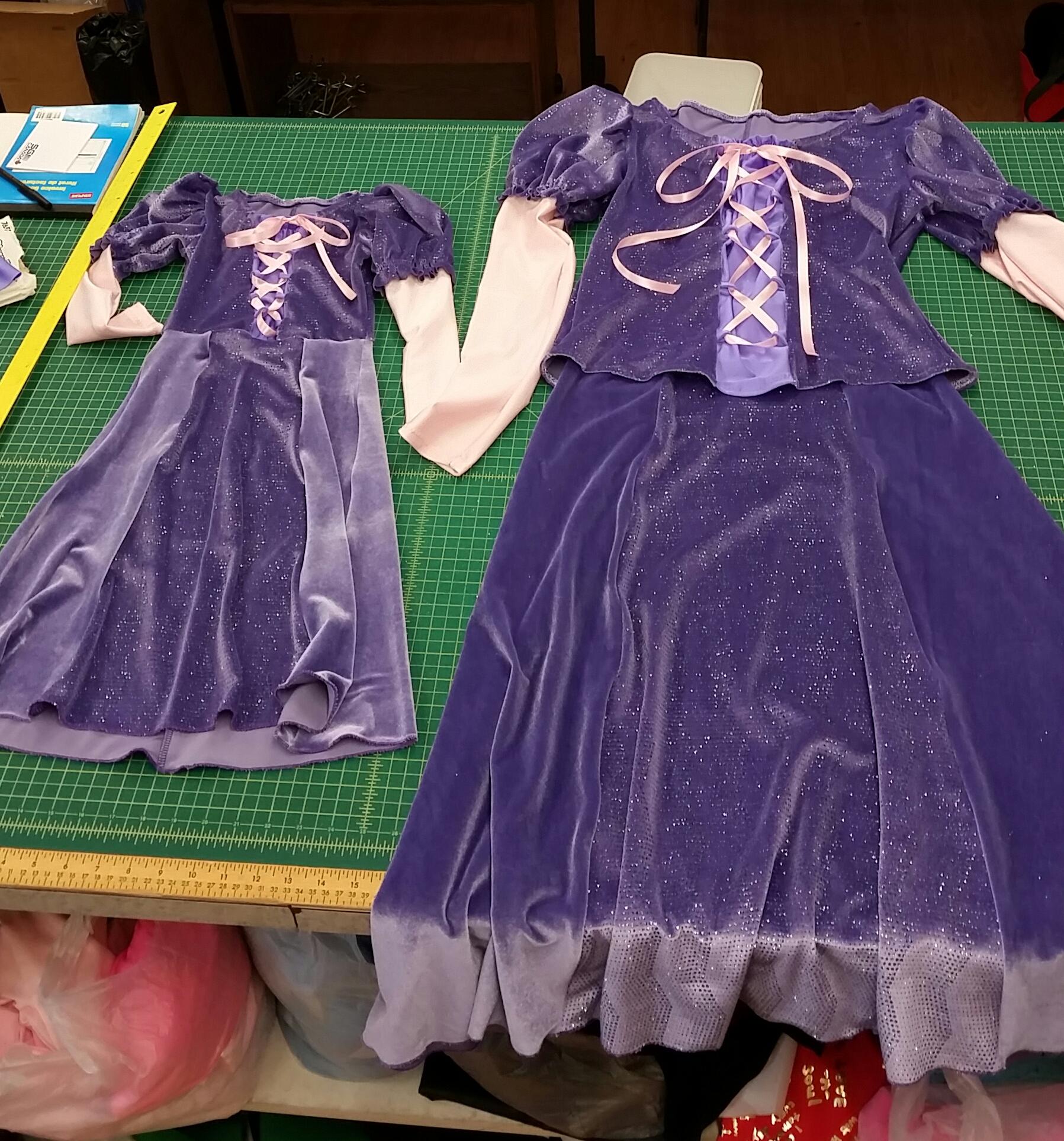 Me and Mini Me costumes