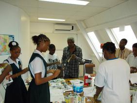 Atelier livre sculpture à l'alliance française de Sainte Lucie, octobre 2013
