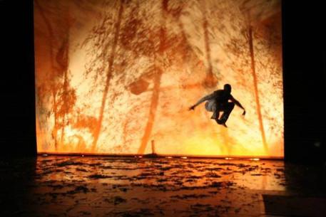 Habdaphaï , performance dansée Ressurgences, 2007
