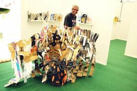 Livres Sculptures | exposition livres d'artiste | salon international du livre  de Martinique, décembre 2013. Photo Bruno Pellerin