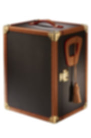Trunk for storing watches. It has a mechanism that keeps the watch moving.