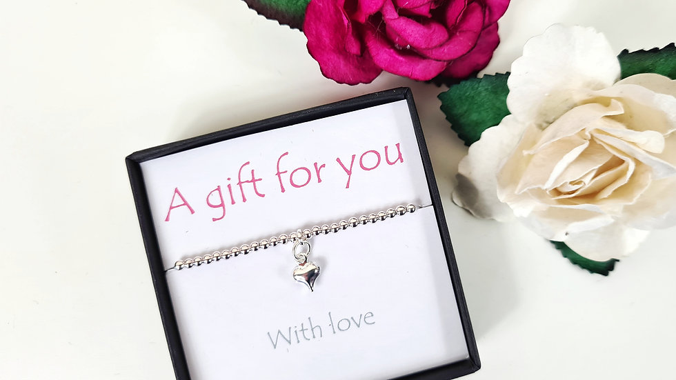 Sterling silver stretch heart bracelet