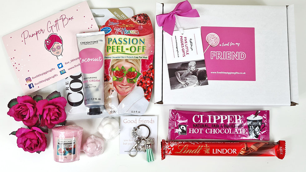 Friend pamper box with personalised keyring