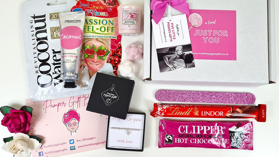 Pamper gift box with gift bracelet