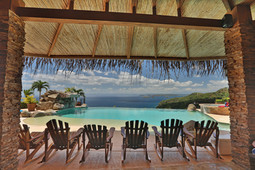 chairs  pool.jpg