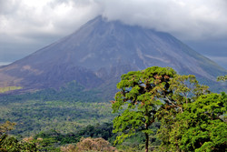 costa tour volcano