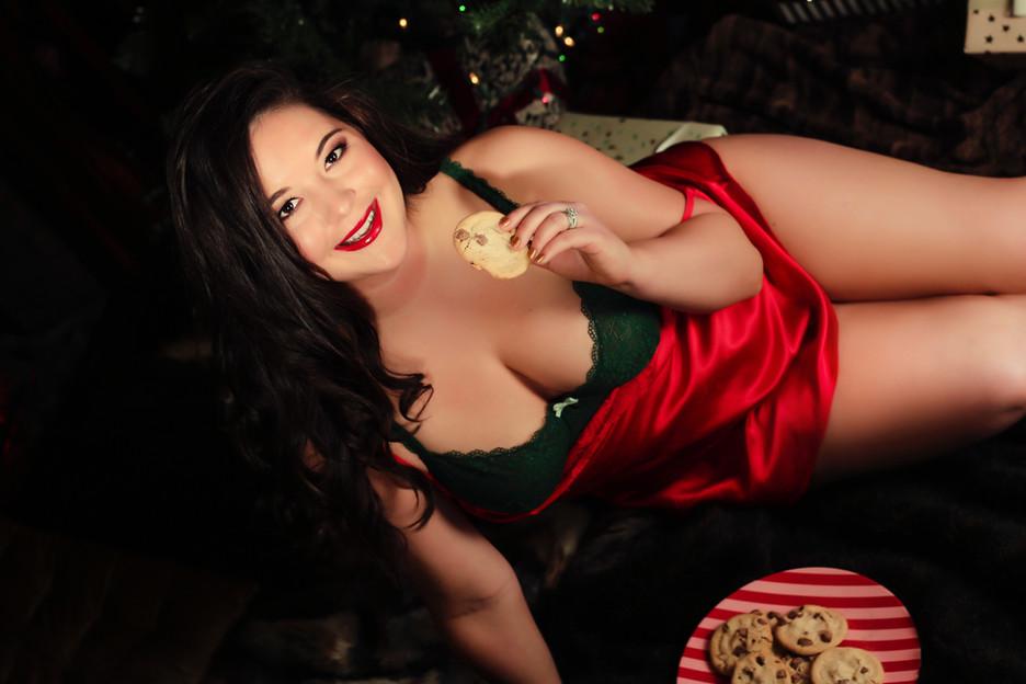 Sugar & Spice Photography Boudoir Santa