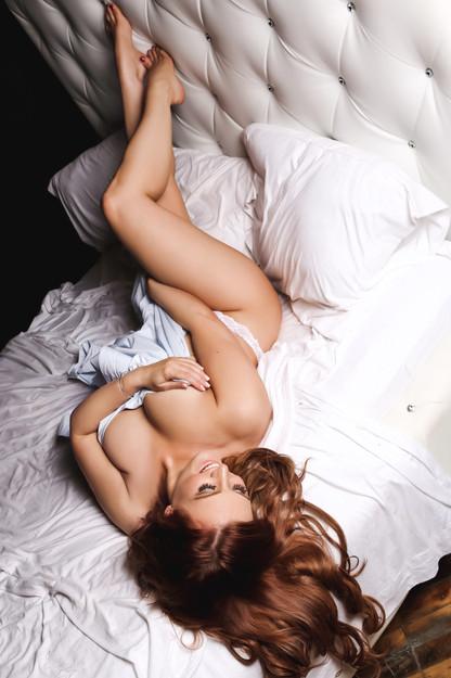 Sugar & Spice Photography Boudoir White