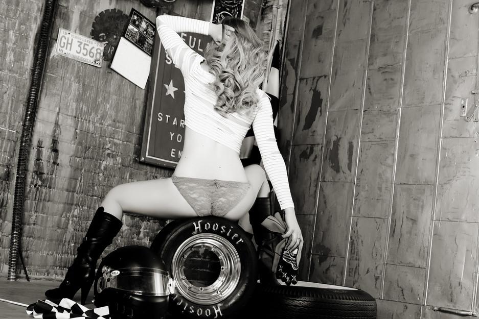 Sugar & Spice Photography Boudoir Garage