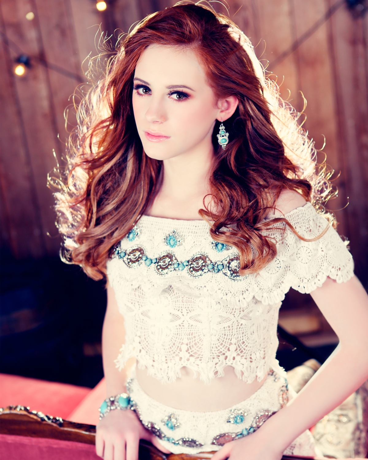 Crowning Images Glamour 73