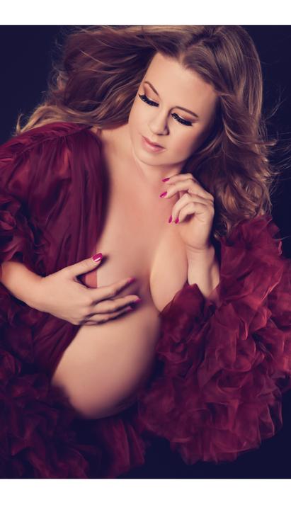 Boudoir Photography MN Wardrobe Ruffles 5.png