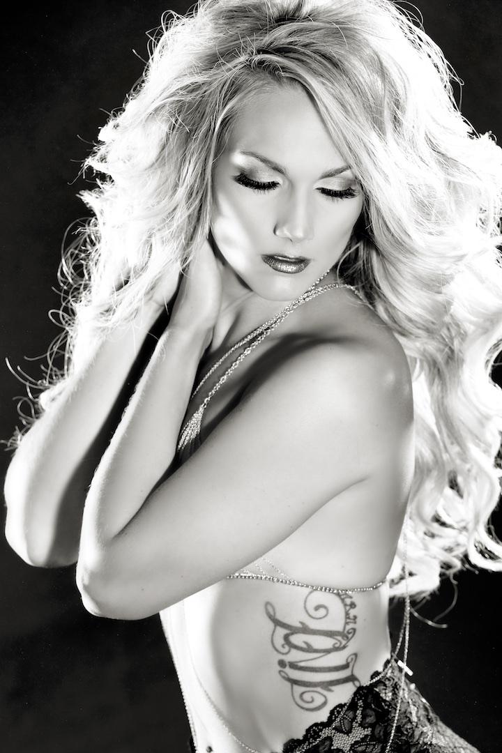 Sugar & Spice Photography Boudoir SimplySexy 0024