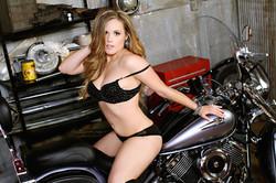 Sugar & Spice Photography Boudoir Motorcycle14