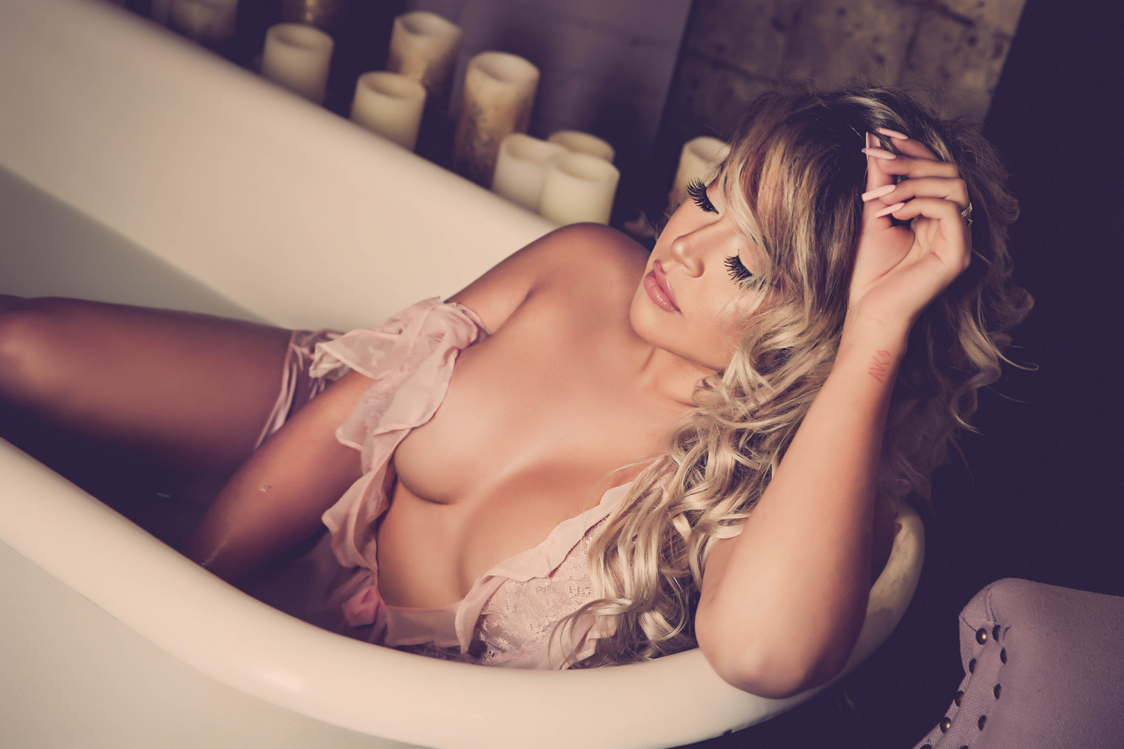 Boudoir Minnesota Powder-1021.jpg