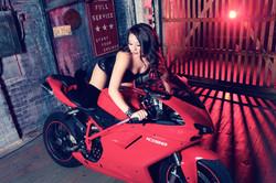 Sugar & Spice Photography Boudoir Motorcycle5