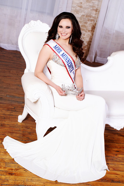 Crowning Images Pageant 21.jpg