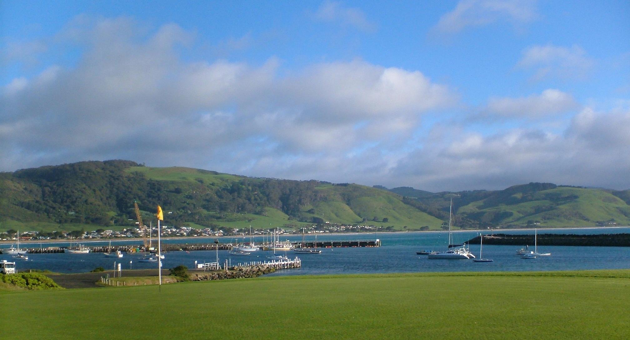 Apollo Bay golf course