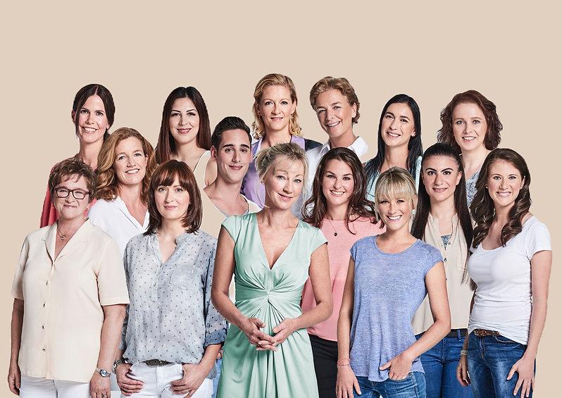 Gruppenbild_Apothekerinnen_edited.jpg