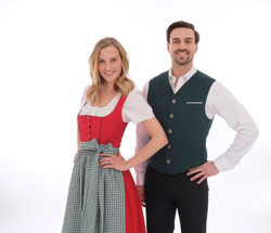 Service in Tracht