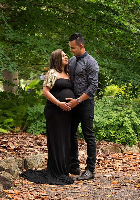 Outdoor couples maternity Photography