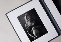 Pregnancy photography in folio album