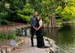 Outdoor maternity couple photograph