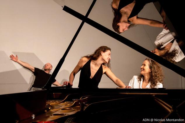 Le piano danse!