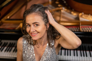 Véronique Gobet, piano