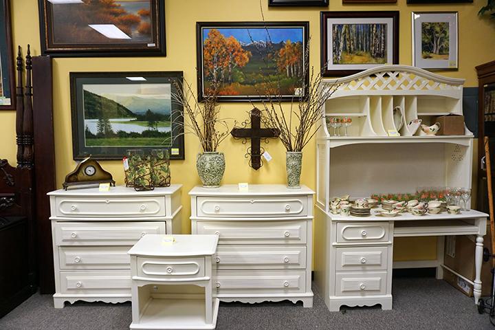 Matching Dressers, Nightstand & Desk
