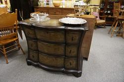 Decorative 3 Drawer Dresser