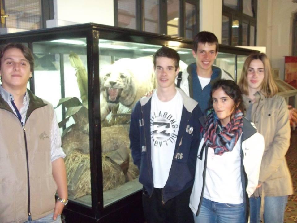 Estudiantes de St Clare's College