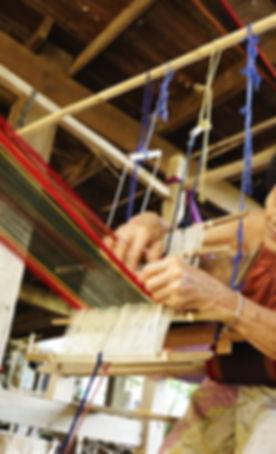 Thai-textiles-Tai-Phuan-woman-meticulous