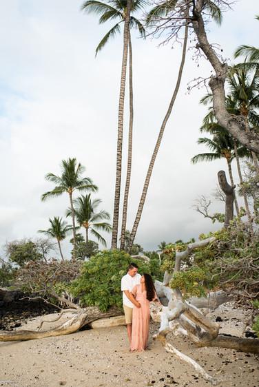 hawaii-maternity-session-2.jpg