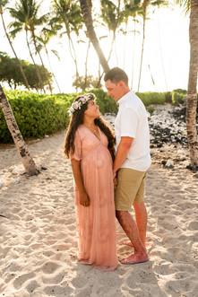 hawaii-maternity-session-14.jpg
