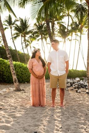 hawaii-maternity-session-17.jpg