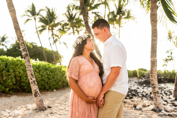 hawaii-maternity-session-16.jpg